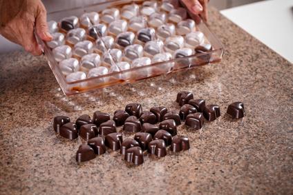 Čokoládové pralinky s oříškovou náplní