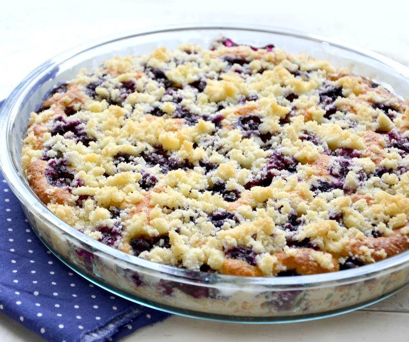 Borůvkový koláč sdrobenkou