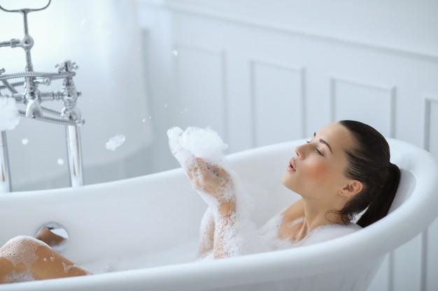 Domácí pěna do koupele přispěje k dokonalé relaxaci