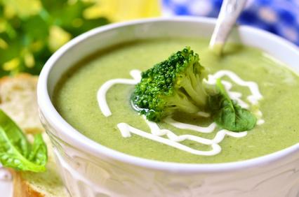 Krémová brokolicová polévka se smetanou