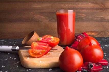 Domácí rajčatový džus