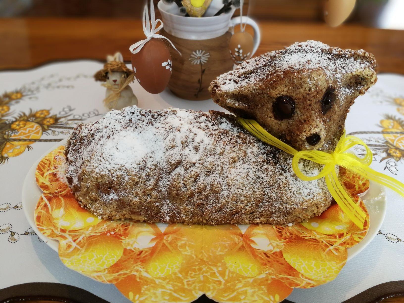 Velikonoční beránek s ořechy
