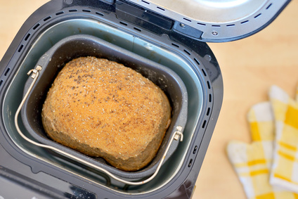Bezlepkový chléb z domácí pekárny