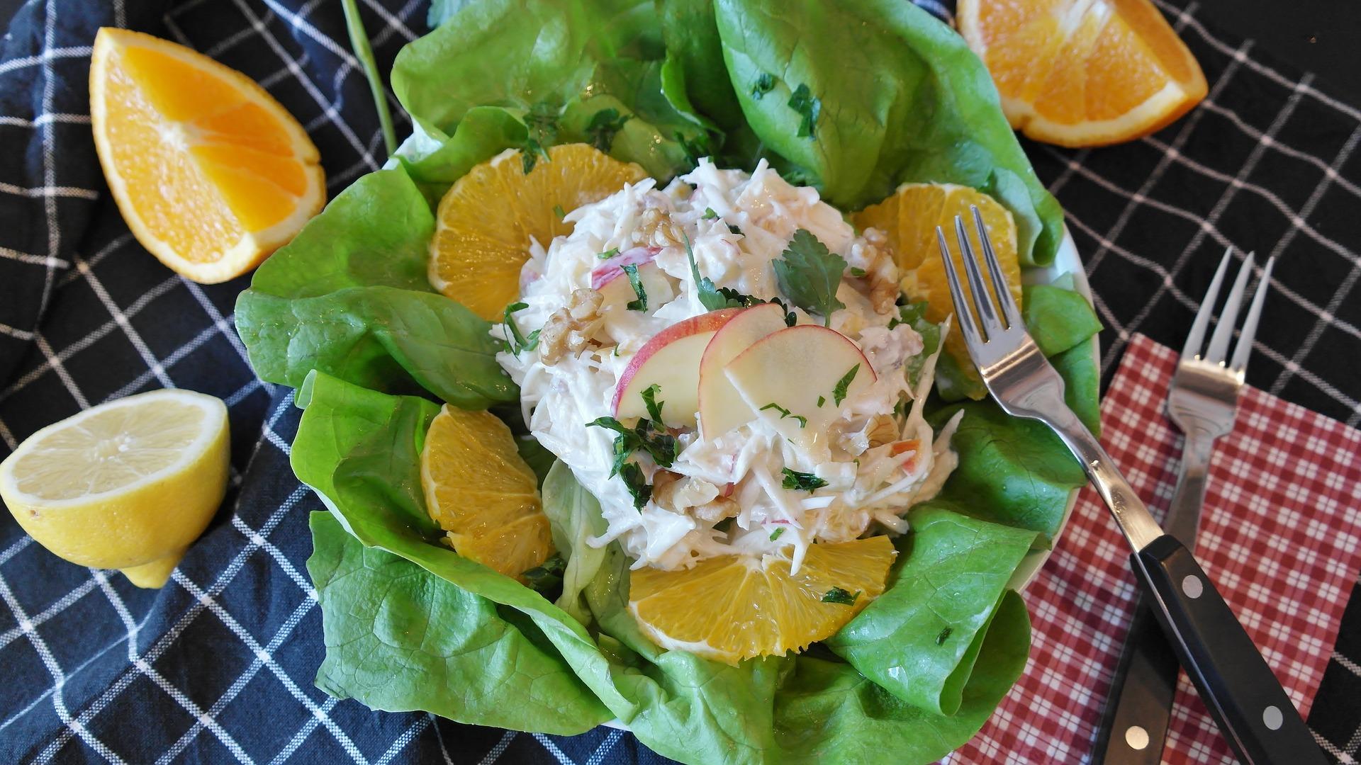 Celerový salát s majonézou