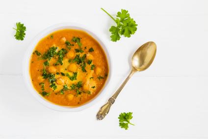 Cizrnová polévka s kari