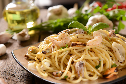 Špagety smořskými plody