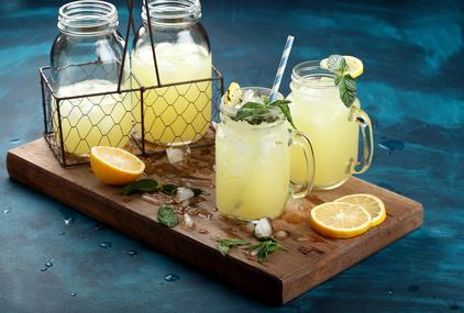 Domácí mátová limonáda