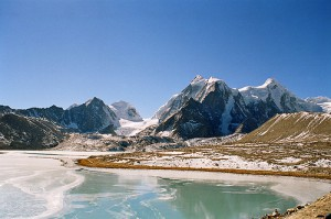 81392299_4dd1282c5a Gurudongma Frozen Lake_ North Sikkim_ India_x