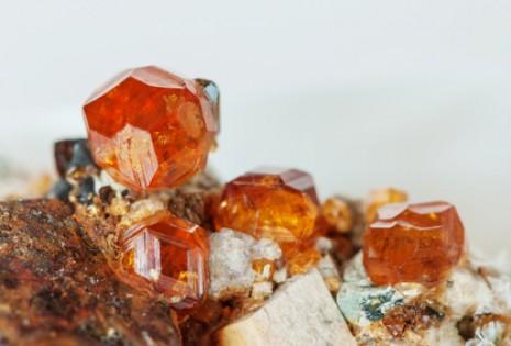 6fa1b7632 Drahé kameny podle znamení zvěrokruhu jsou nádherné šperky s ...