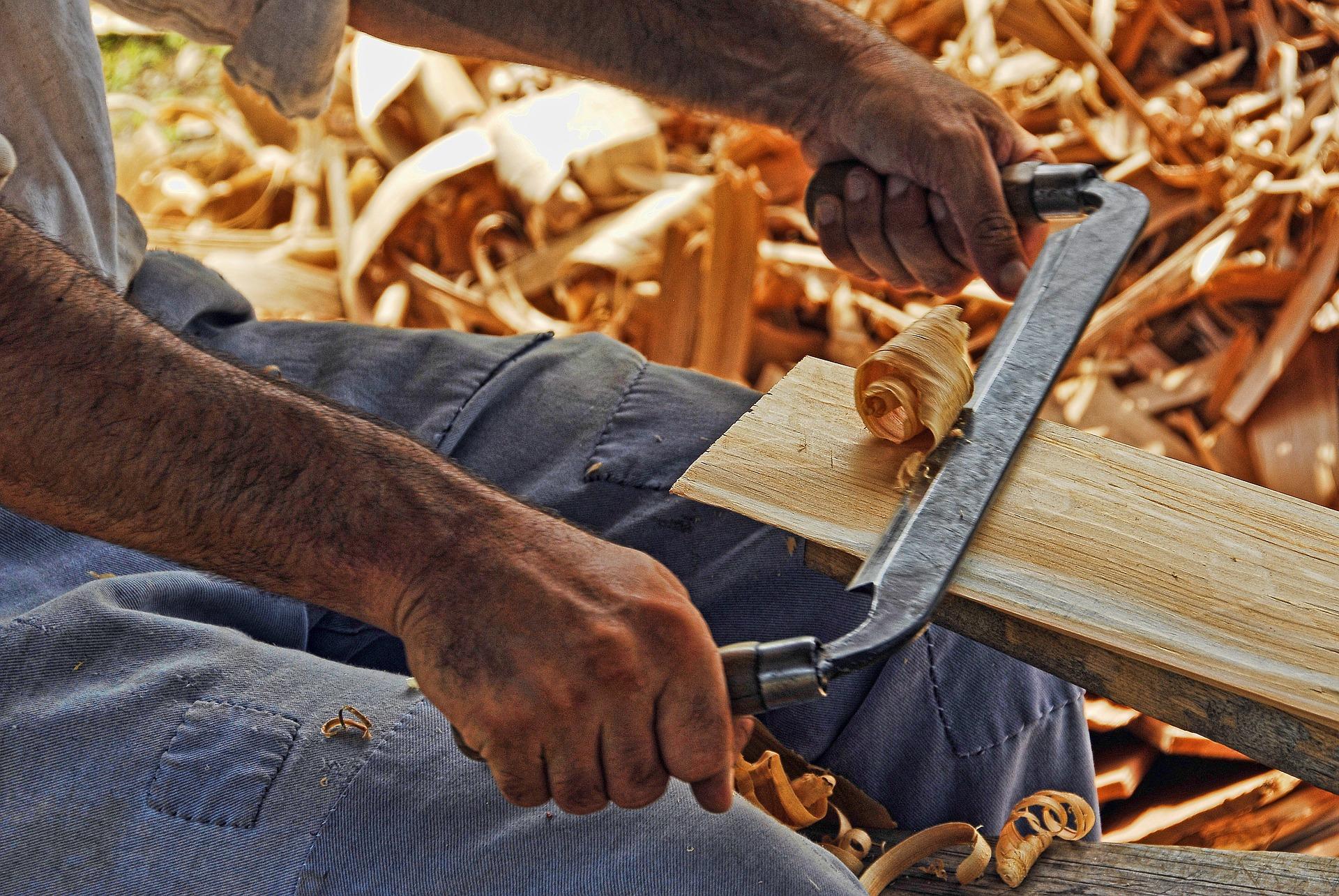 Mezi řemesla dávno zapomenutá patří i kolář.