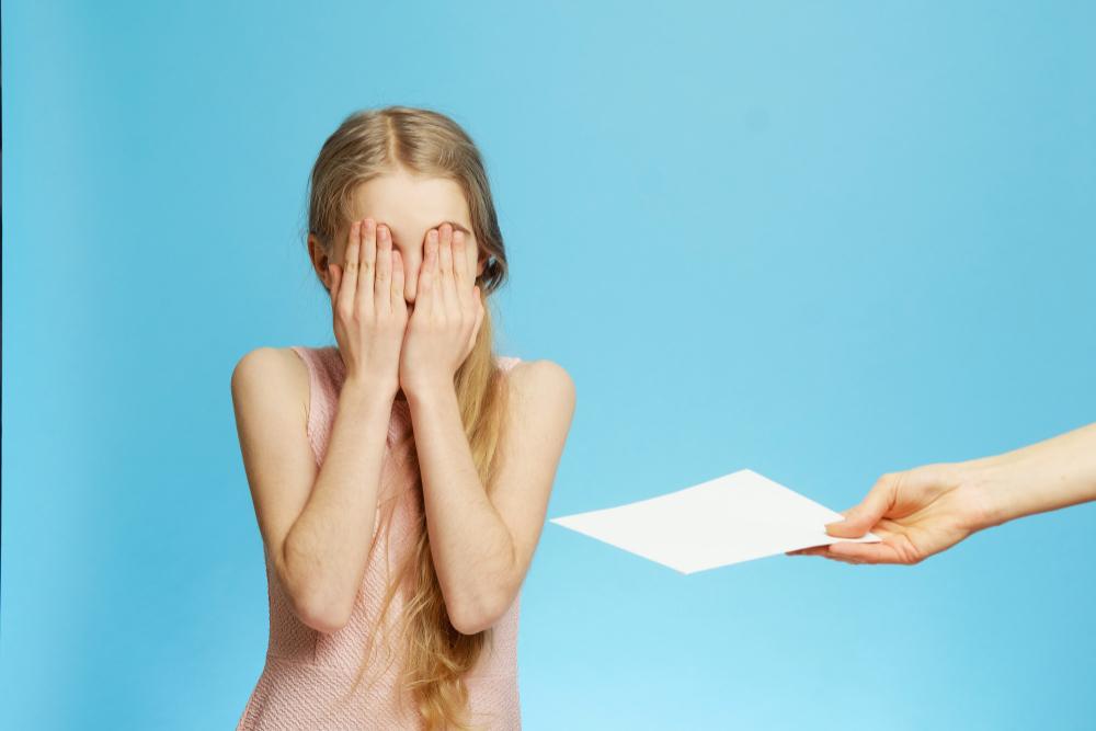 Známky na vysvědčení nevypovídají nic o tom, jaké vaše dítě je