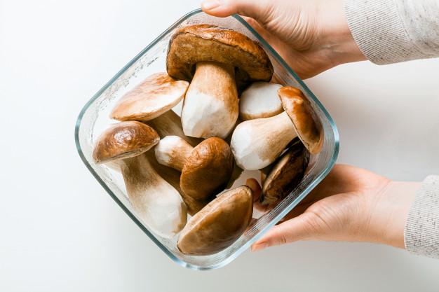 Pokrmy z hub jsou nejen chutné, ale i zdravé.
