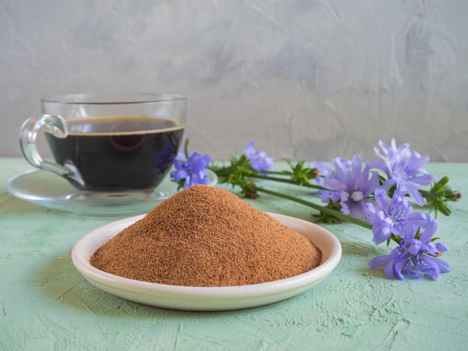Z mletého kořene čekanky je vynikající káva