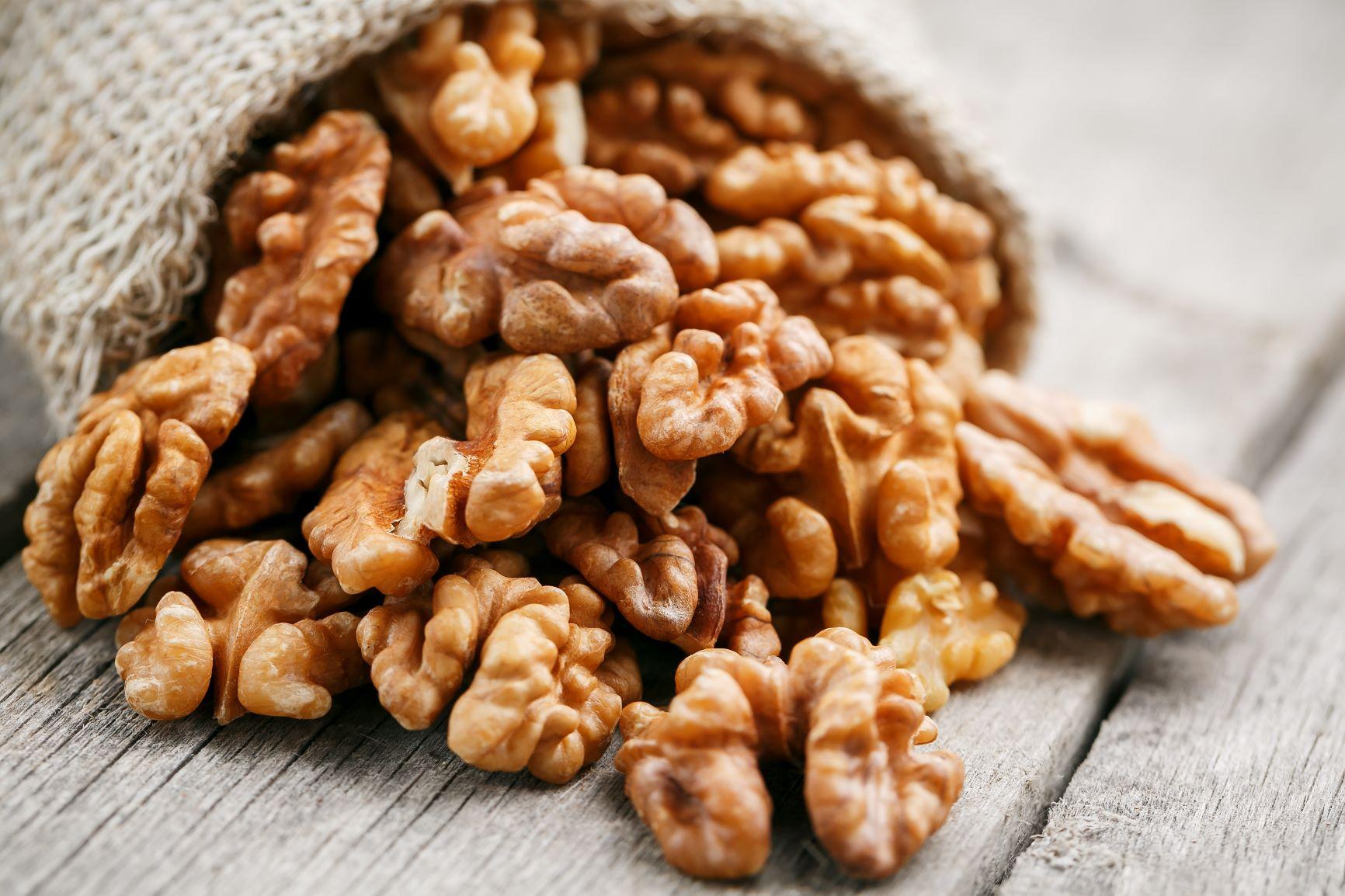 Vlašské ořechy jsou pochoutkou i lékem