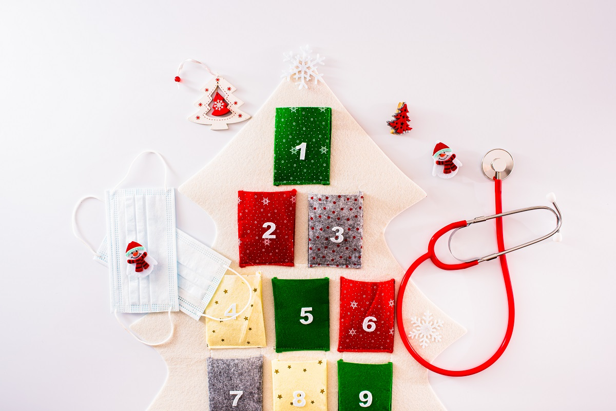 Adventní kalendář můžete vyrobit z čehokoliv, dokonce i z roušek