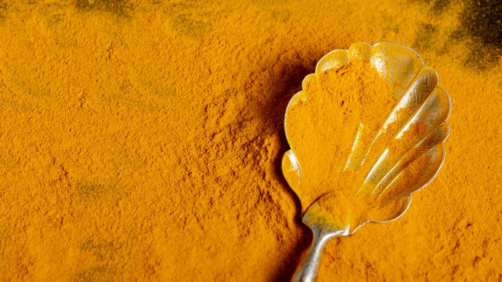 Kurkuma může být vhodným doplňkem většiny jídel i nápojů