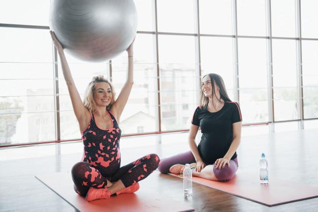 těhotenské cvičení může být i zábava