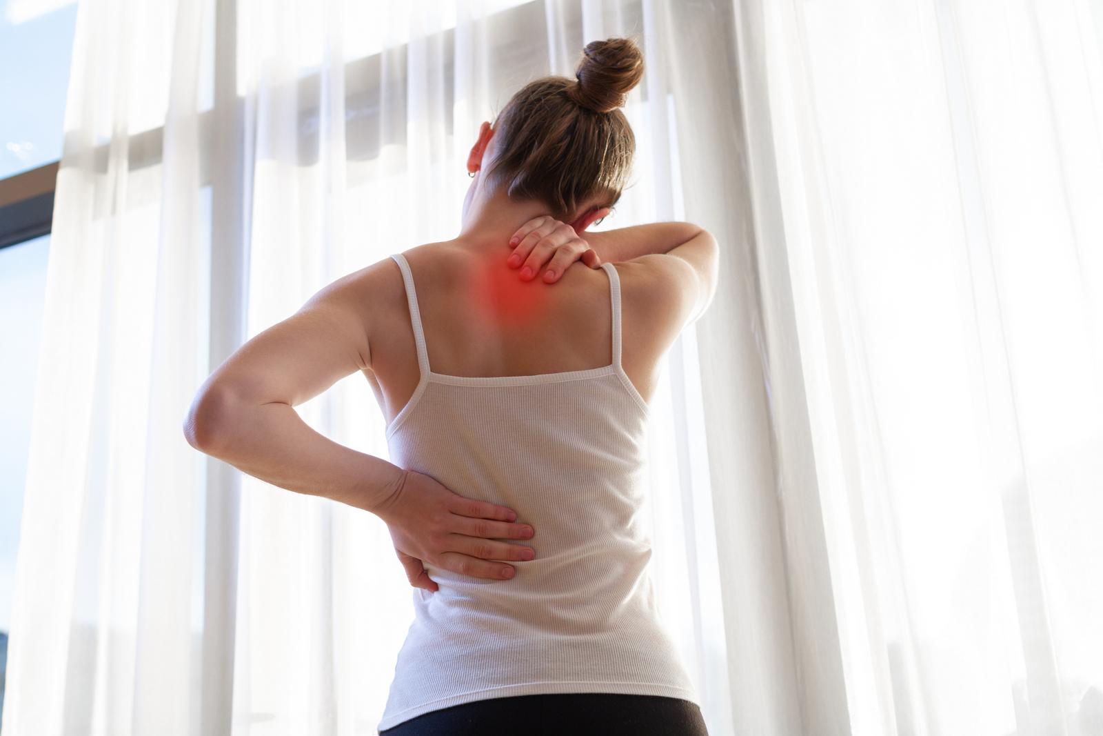 Mezilopatkové svaly je třeba posilovat pravidelně