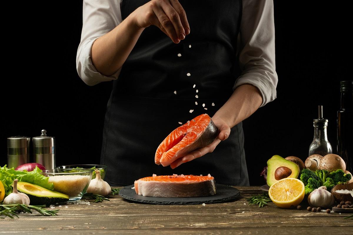 DMAE obsahují tučné ryby, například losos